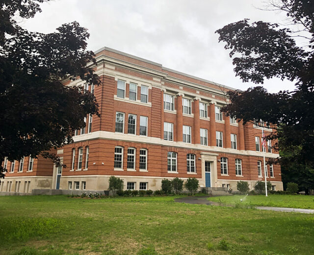 Carter School Apartments<br /> Leominster, MA